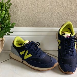 Brand New, Women's New Balance Sneakers